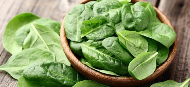 Alimenti che aiutano a migliorare il sesso spinaci