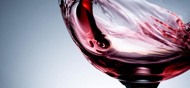 Alimenti che aiutano a migliorare il sesso vino rosso