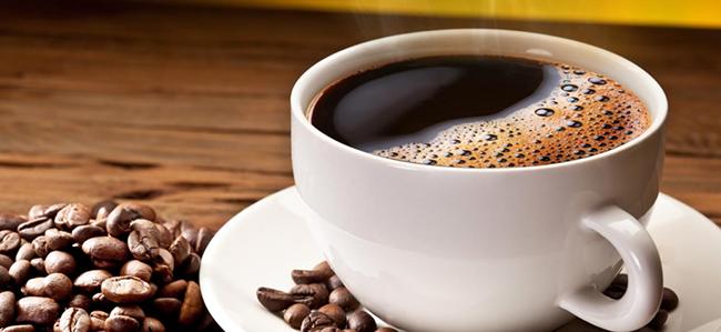 Cibi da evitare durante la gravidanza caffeina